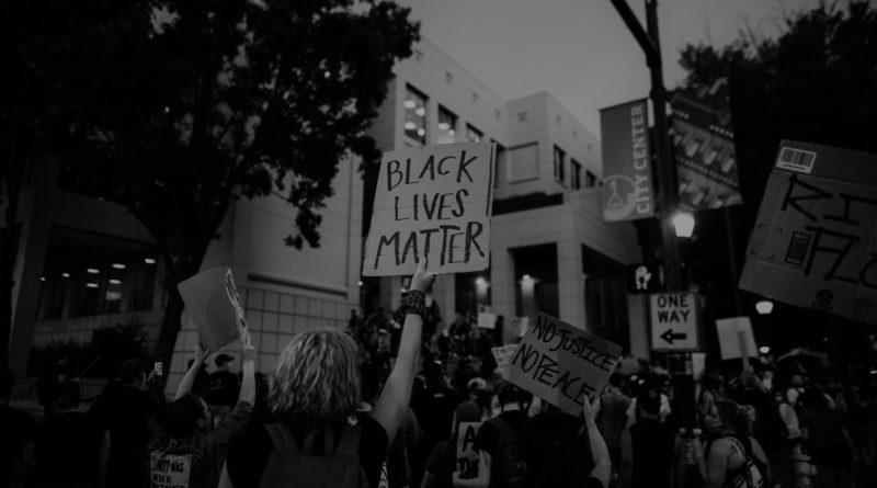 Solidarität mit Black Lives Matter und dem Kampf gegen rassistische Polizeigewalt!